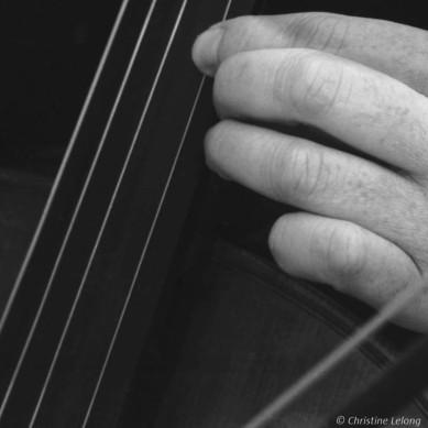 Main et violoncelle