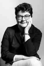 Marianne Doz